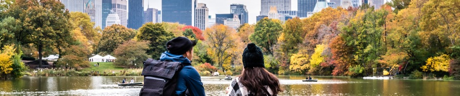 fall-at-central-park-in-new-york_t20_WQJOBY
